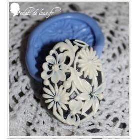 Moule en silicone camé fleur 40mm