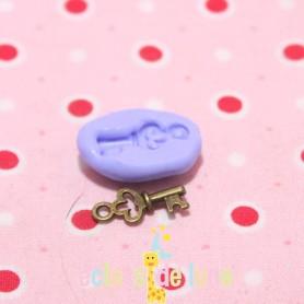 Moule en silicone mini breloque clés 17/4 mm