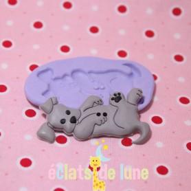 Moule en silicone bouton chien couché 48/26 mm